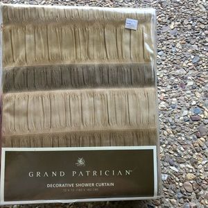 Grand Patrician NWT Beige Shower Curtain 72 x 72